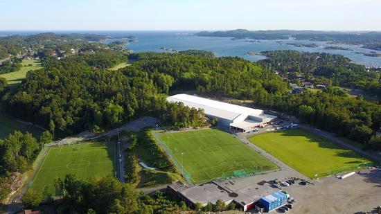 Versterøya idrettspark